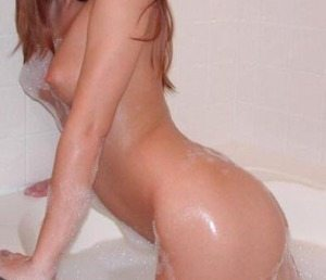 jag naken i badet